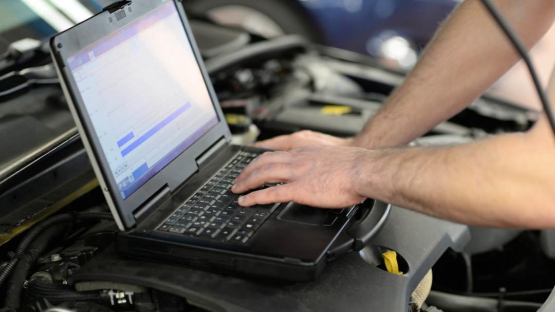 Diagnostyka samochodów. Co warto wiedzieć?